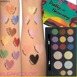Pretty In Harmony Eyeshadow Makeup Palette